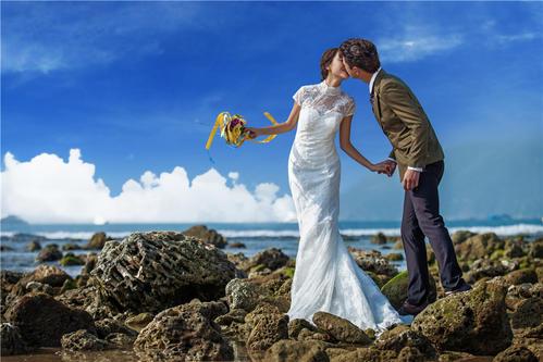 全球旅拍:修婚纱照要提哪些要求 婚纱照修图主要修什么0