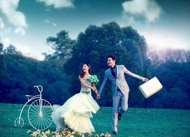婚纱造型:5000元能拍几套婚纱 拍一套婚纱照要多少钱0