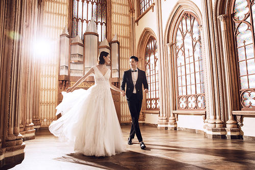婚纱造型:拍婚纱照需要注意什么 拍婚纱照有哪些风格0