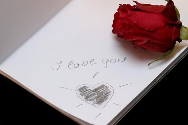 摄影资讯:最浪漫的发红包方式,适合520情人节表白